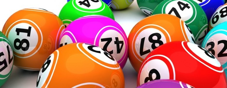 bingo-balls-numbers-820x300