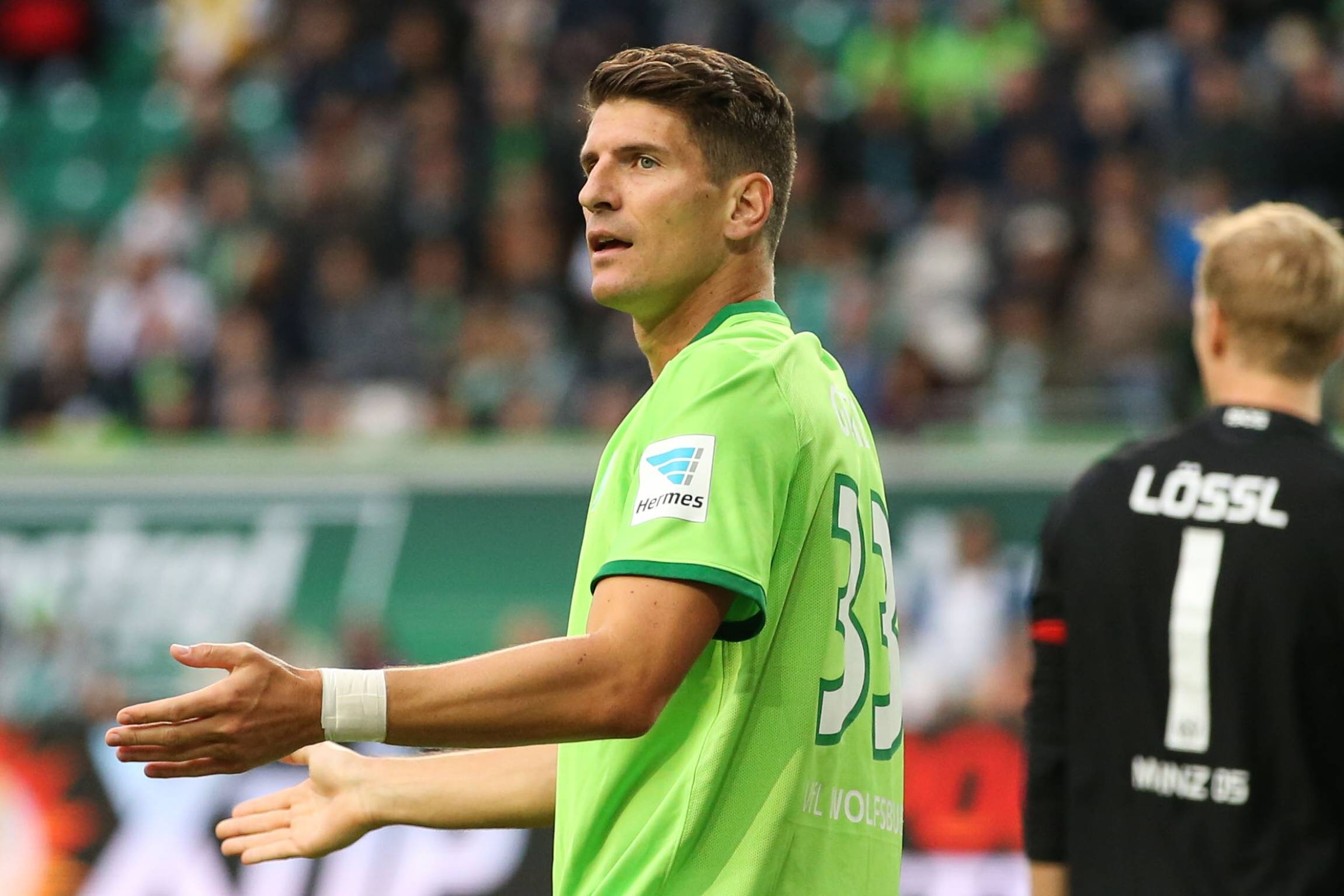 Wolfsburg s Mario Gomez Says Lack of Goals is Due to Bad Luck