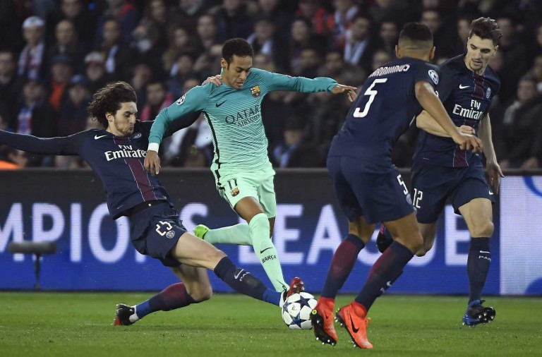 neymar-adrien-rabiot-paris-sg-fc-barcelona-uefa-champions-league-14022017_awoulpciusk11w9u85umpjwmv