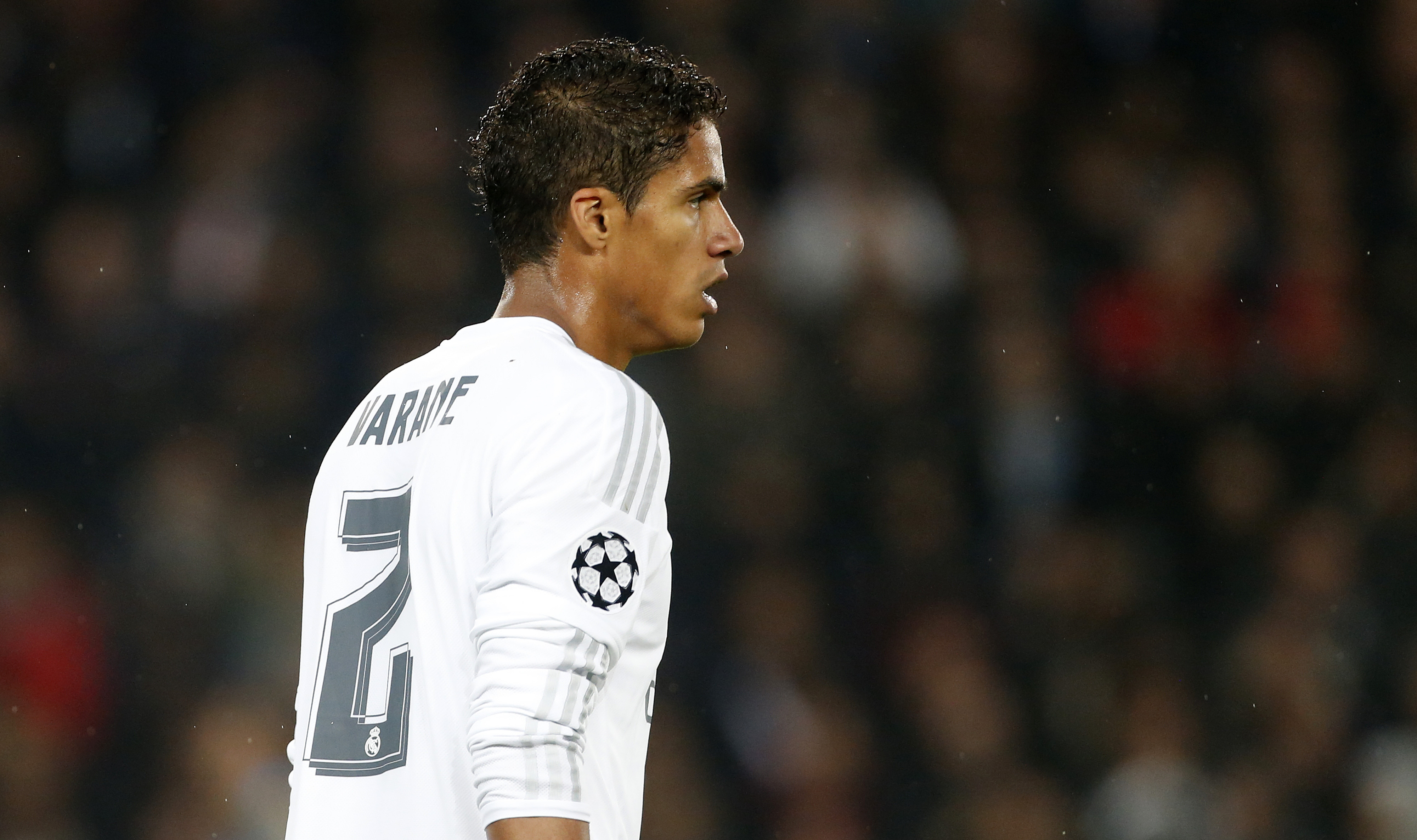 Manchester United to Tar Real s Raphael Varane