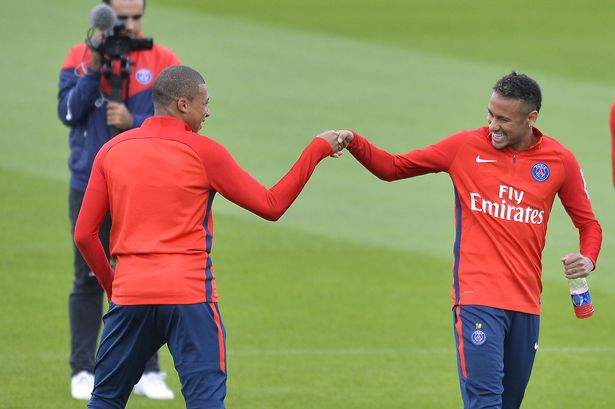 Paris-Saint-Germain-Training-Session
